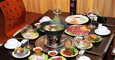 10 địa chỉ ăn lẩu ngon rẻ, được yêu thích nhất ở Hà Nội