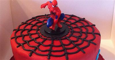25+ mẫu bánh sinh nhật người nhện siêu đẹp làm quà tặng bé trai