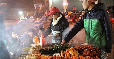Ẩm thực đường phố: Có nên ăn món vỉa hè hay không?