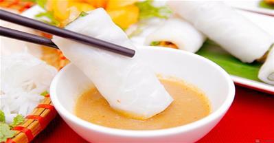Bí quyết  làm bánh cuốn tôm chua ngon đậm chất Huế