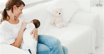Cách chăm sóc trẻ sơ sinh trong tháng đầu cho các bà mẹ