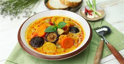Cách nấu cà ri chay đơn giản cho ngày rằm Tháng Bảy