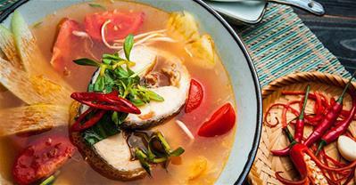 Cách nấu canh chua cá lóc thơm ngon đúng vị miền Tây Nam Bộ