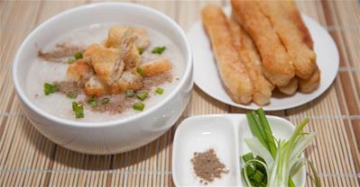 Cách nấu cháo sườn đơn giản mà vô cùng thơm ngon, bổ dưỡng