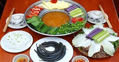 Cách nấu Lẩu Cá Kèo Lá Giang chua chua cay cay đúng vị miền Tây