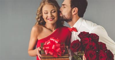 Cách tặng quà sinh nhật cho bạn gái khiến tim nàng rung động