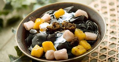 Học cách nấu chè khoai dẻo Đài Loan vừa dẻo, vừa thơm