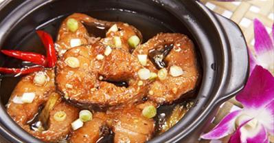 Hướng dẫn cách làm cá lóc kho tộ  cho bữa cơm ngon
