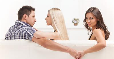 Khi đàn ông muốn ngoại tình, có giữ cũng chỉ mất công