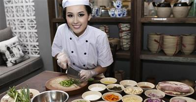 Quán ăn bình dân của nàng hậu hot nhất showbiz Việt