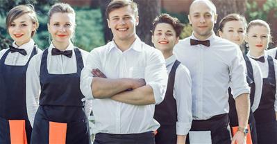 Quản lý nhân viên nhà hàng hiệu quả bằng cách phân loại nhân viên