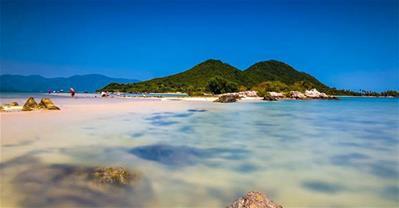 Thiên đường mới lạ, nơi bạn có thể bước đi trên sóng