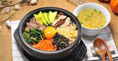 Top 10 quán ăn Hàn Quốc ngon, được yêu thích ở Hà Nội