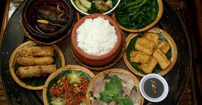 Top quán ăn gia đình ngon, giá khoảng 200k, được yêu thích ở TpHCM
