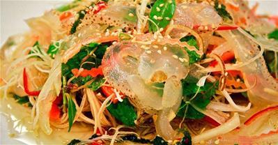 Tuyệt chiêu làm gỏi sứa tôm thịt giòn ngon, hấp dẫn