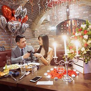 Happy Valentine's Day - Yêu thương đong đầy