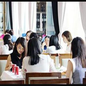 Top nhà hàng đặt tiệc 20-10 lý tưởng