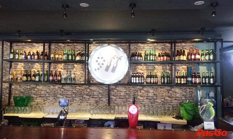 nha-hang-911-beer-club-slide-1