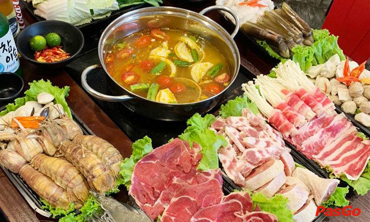 nha-hang-buffet-lau-tacataca-nguyen-khoai-1