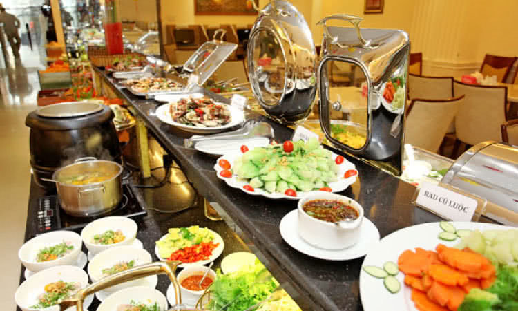 nha-hang-buffet-trua-blue-diamond-thu-khoa-huan-1
