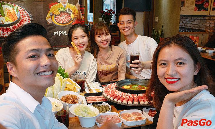 nha-hang-food-house-phan-xich-long-slide-1