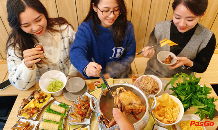 nha-hang-food-house-to-hieu-1