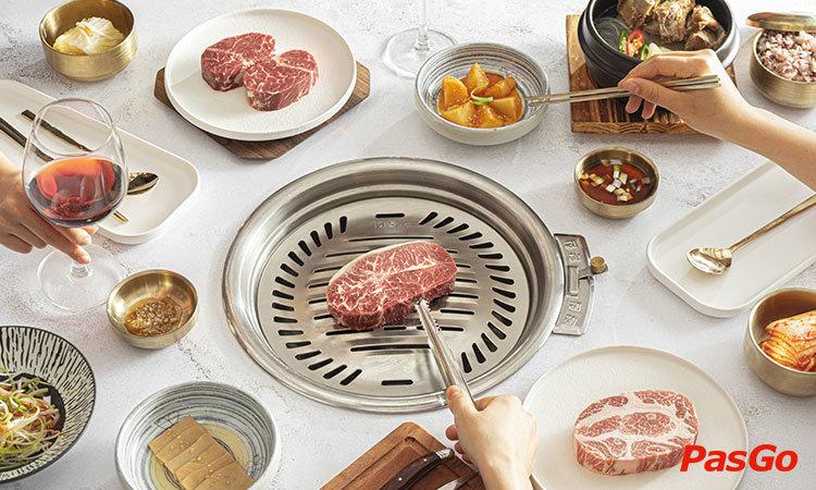 nha-hang-gogi-steak-house-center-point-le-van-luong-1