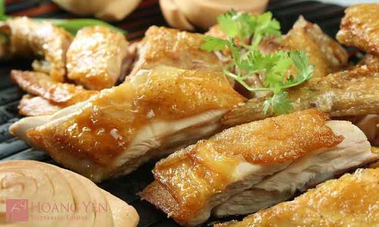 nha-hang-hoang-yen-cuisine-parkson-hung-vuong-slide-1