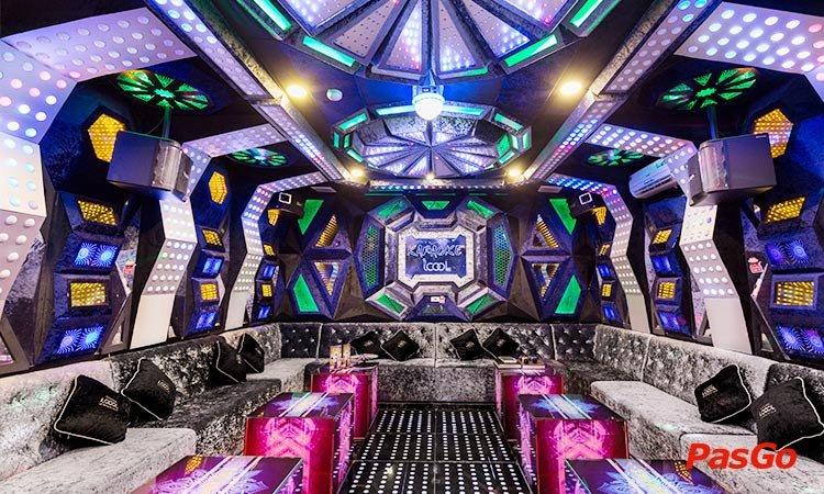 nha-hang-karaoke-icool-binh-phu-1