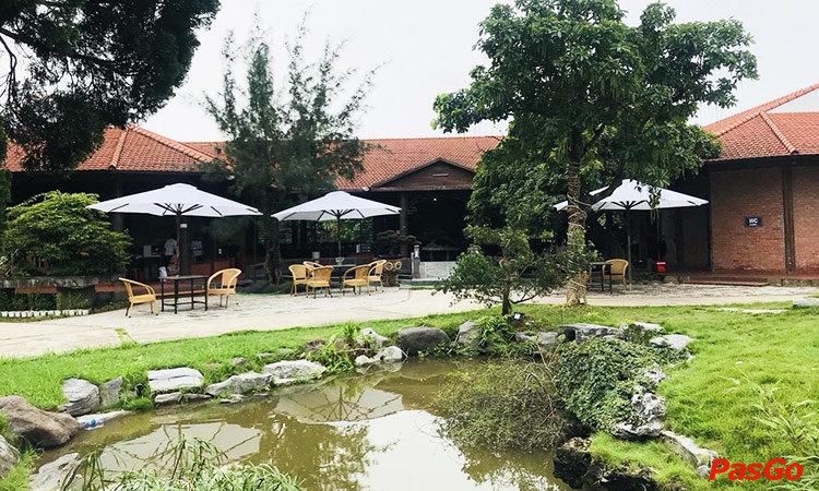 nha-hang-kim-long-garden-duong-de-vang-long-bien-1
