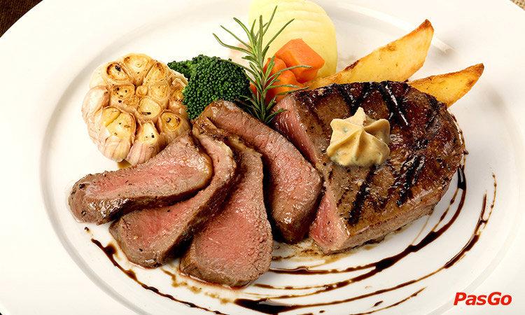 nha-hang-le-monde-steak-vincom-pham-ngoc-thach-1
