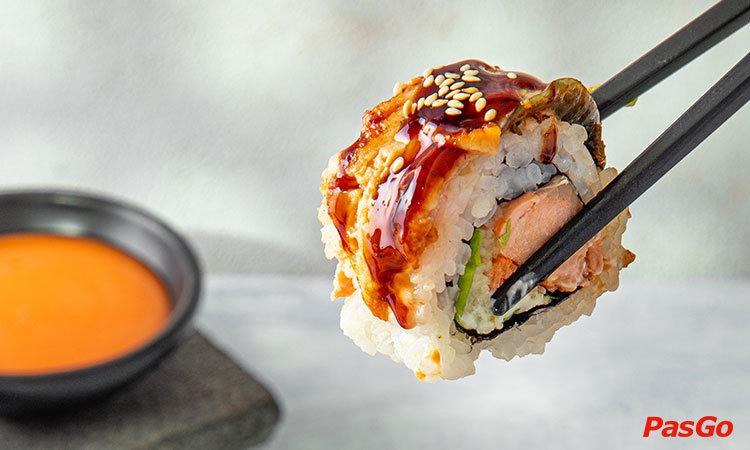 nha-hang-lets-sushi-tran-huy-lieu-1