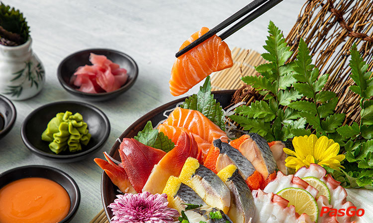nha-hang-lets-sushi-yen-lang-1