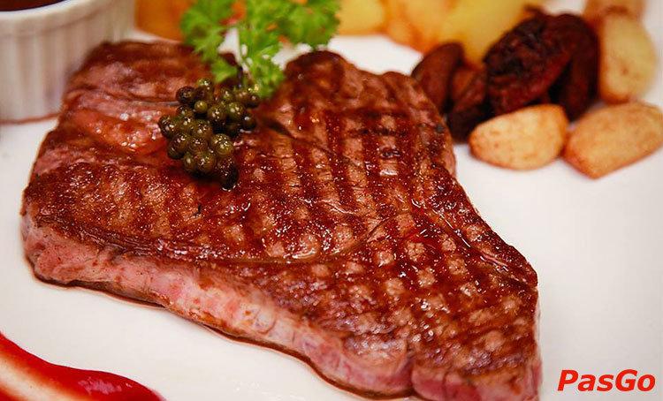 nha-hang-mam-mam-steak-giang-vo-1
