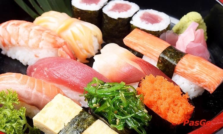 nha-hang-sushi-kei-le-trong-tan-slide-1