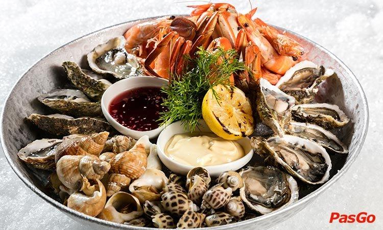 rico-seafood-&-grill-tang-bat-ho-1
