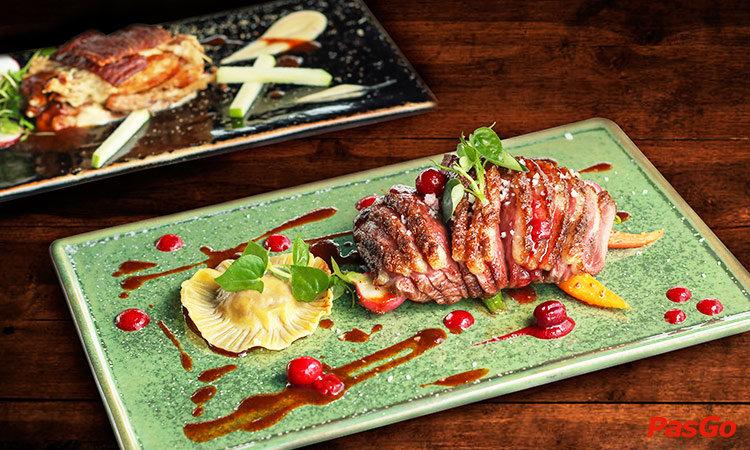 shri-restaurant-&-lounge-nguyen-thi-minh-khai-1