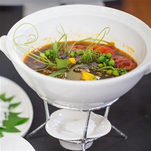 Buffet Tân Cảng – Buffet Lãng Mạn Ven Sài Gòn Giang