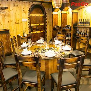 Hầm Rượu Vang Louis Hoàng Hoa Thám