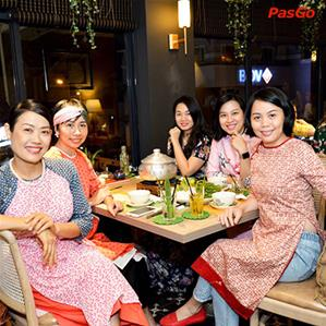 Là Saigon Hoa Đào