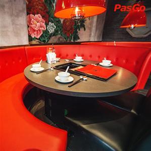 Nhà hàng Hutong Royal City