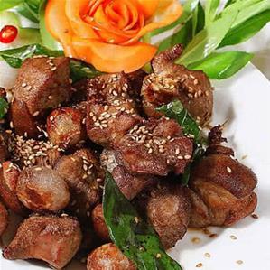 Nhà hàng Sài Gòn Xưa Và Nay 37 Nguyễn Trung Trực Quận 1