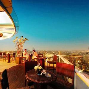 The rooftop Bar Hà Nội - Điểm giải trí bậc nhất hà thành