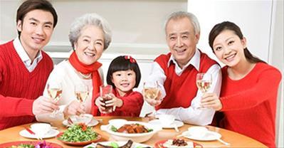 Điểm danh những quán ăn gia đình ngon rẻ, hút khách nhất ở Quận 1