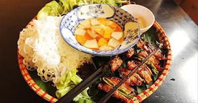 Top 10 quán ăn chuyên ẩm thực ba miền ngon nhất ở Hà Nội