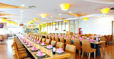 Top nhà hàng đặt tiệc khai xuân ngon, không gian đẹp, khoảng 300k ở Hà Nội