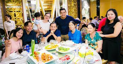 TOP Nhà hàng tổ chức, đặt tiệc 8/3 giá 300k/người ở TpHCM