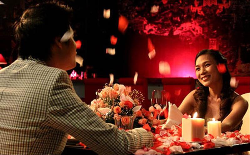 """Bí quyết hẹn hò lãng mạn trong vòng ba """"note"""""""