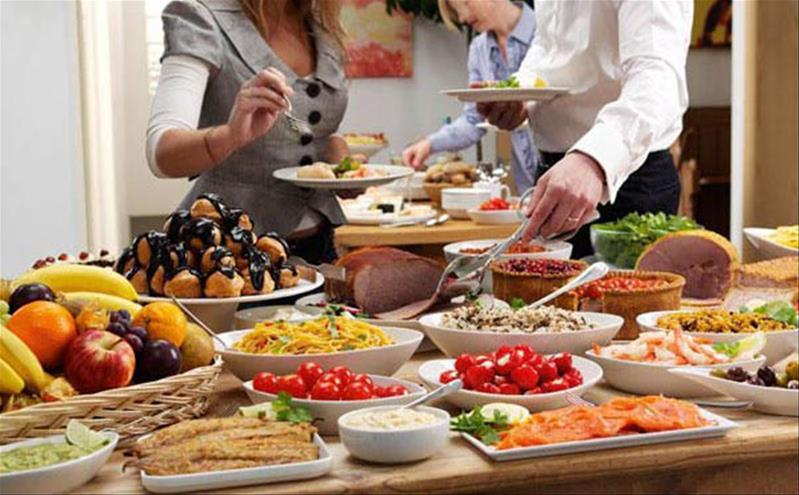 Buffet Sứ dạy tôi: Đừng đi ăn buffet một mình!