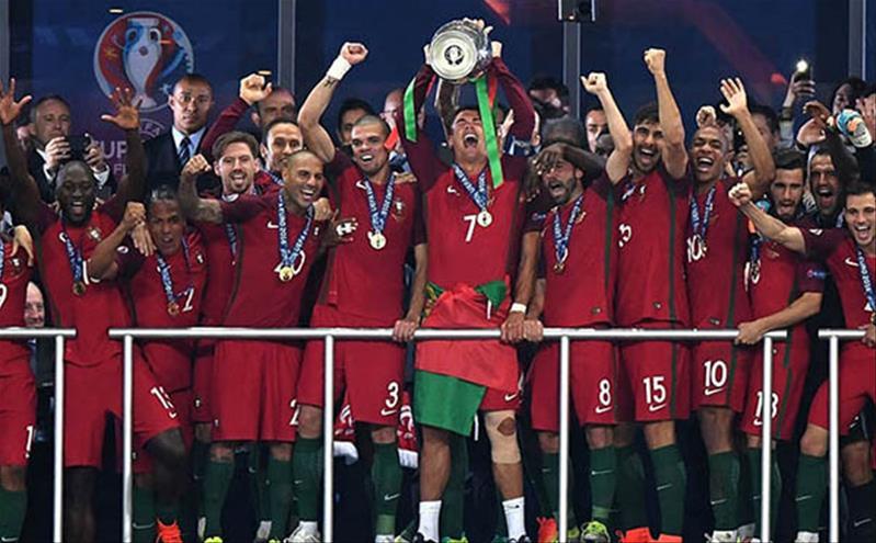 PasGo phiêu lưu ký 2 – Có một mùa bóng đá